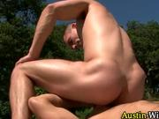 User_Uploaded_austinwilde__7_.mp4