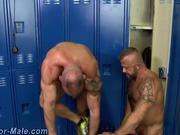 User_Uploaded_nextdoormale_2_Region_55_.mp4