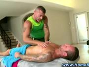 Straight amateur gets oily during massage