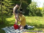 Horny Couple tw-nks Get Frisky Outdoors