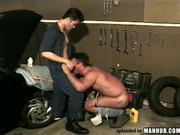 Greased mechanic takes sex ass payment